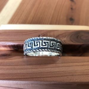 925 sterling silver ring size 9